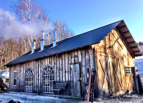 I took a visit to the Cochrane's sugar shack in Vermont and took lots of shots of warm maple syrup straight from the boiler, so good! #slopesidesugarrush