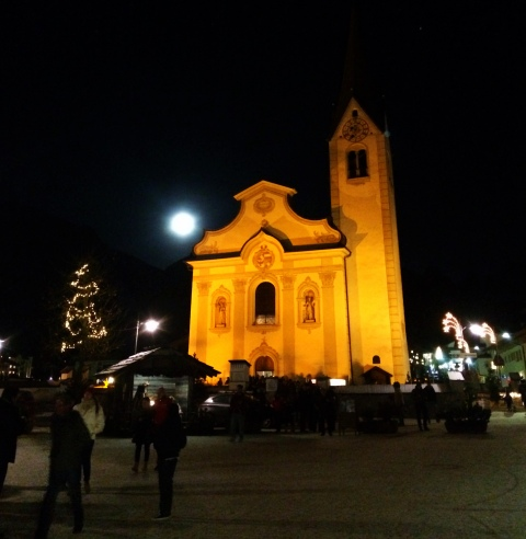 I hope everyone got to see the full moon on Christmas! This is a Italian church in St. Vigilio.